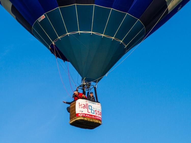 Hallo Losser verloot ballonvaart onder ondersteuners ...