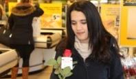 Vlog: rozen voor Valentijn in Losser