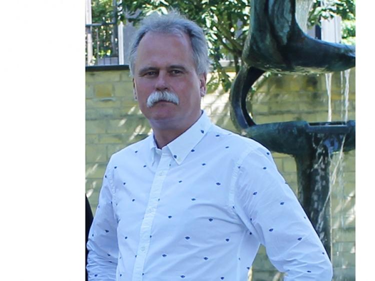 Tom van Veen verlaat Stichting Fundament | Hallo Losser